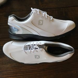 New FootJoy Golf shoes size 11